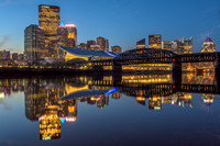 Pittsburgh reflecfts in the Allegheny River at dawn
