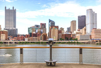 A viewfinder and the Pittsburgh skyline