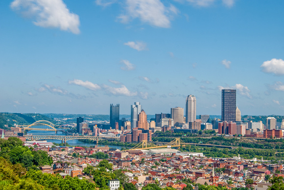 The Pittsburgh skyline from the South Side Slopes HDR