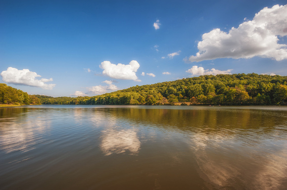 The lake at Keystone State Park HDR