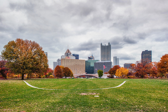 Pittsburgh skyline from Point State Park in the fall