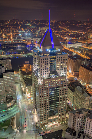FIfth Avenue Place shines bright in the night