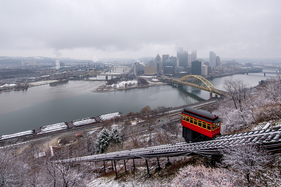 A snow PIttsburgh afternoon