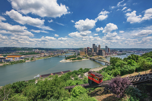 A picture perfect day in PIttsburgh from the Duquesne Incline