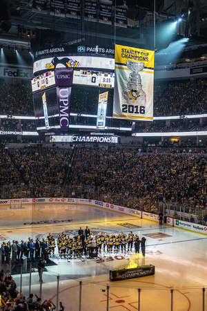 The Penguins raise their 2016 Stanley Cup Banner during the home opener at PPG Paints Arena