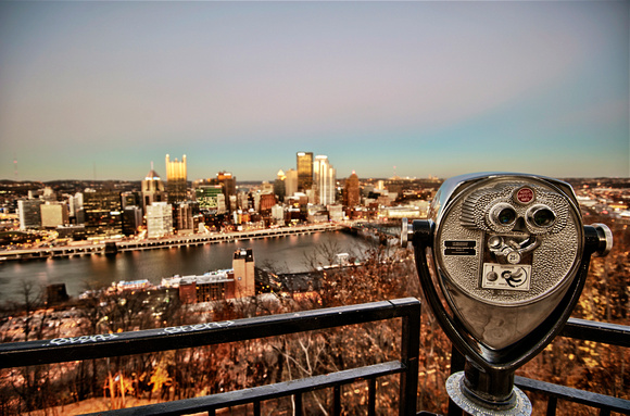 Pittsburgh skyline and viewfinder HDR