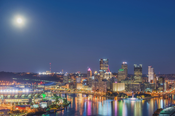 Giant Rubber Duck and a full moon in Pittsburgh